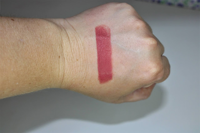 labiales_new_neutral_blushed_revolution_pro_notinoes_lachicadelmilenio