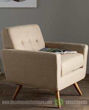 Kursi sofa santai untuk memebaca dan nonton tv model retro minimalis