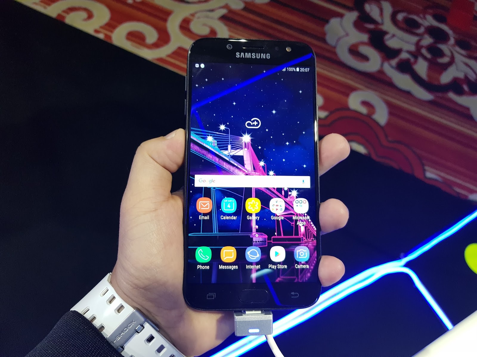 Samsung Galaxy J7 Pro Debuts In PH: Specs, Availability