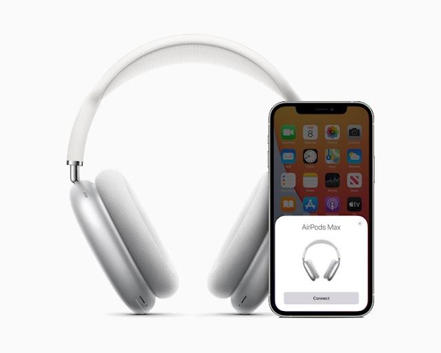 Apple made headphones!