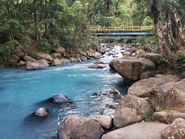 free swimming rio celeste costa rica