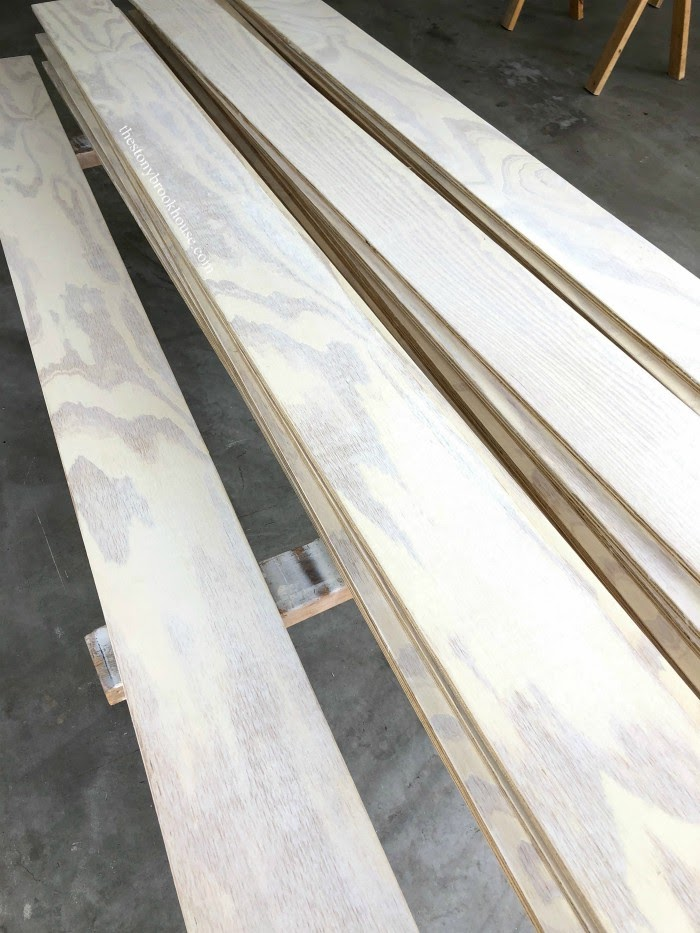 Yellow and white planks