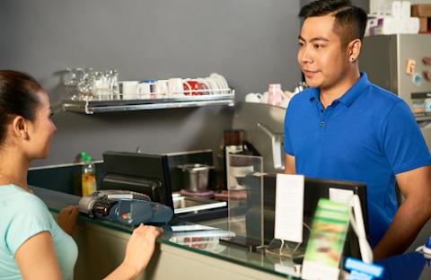 Tips Menentukan Aplikasi POS  Terbaik untuk Bisnis Resto