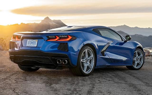 Novo Corvette Stingray C8