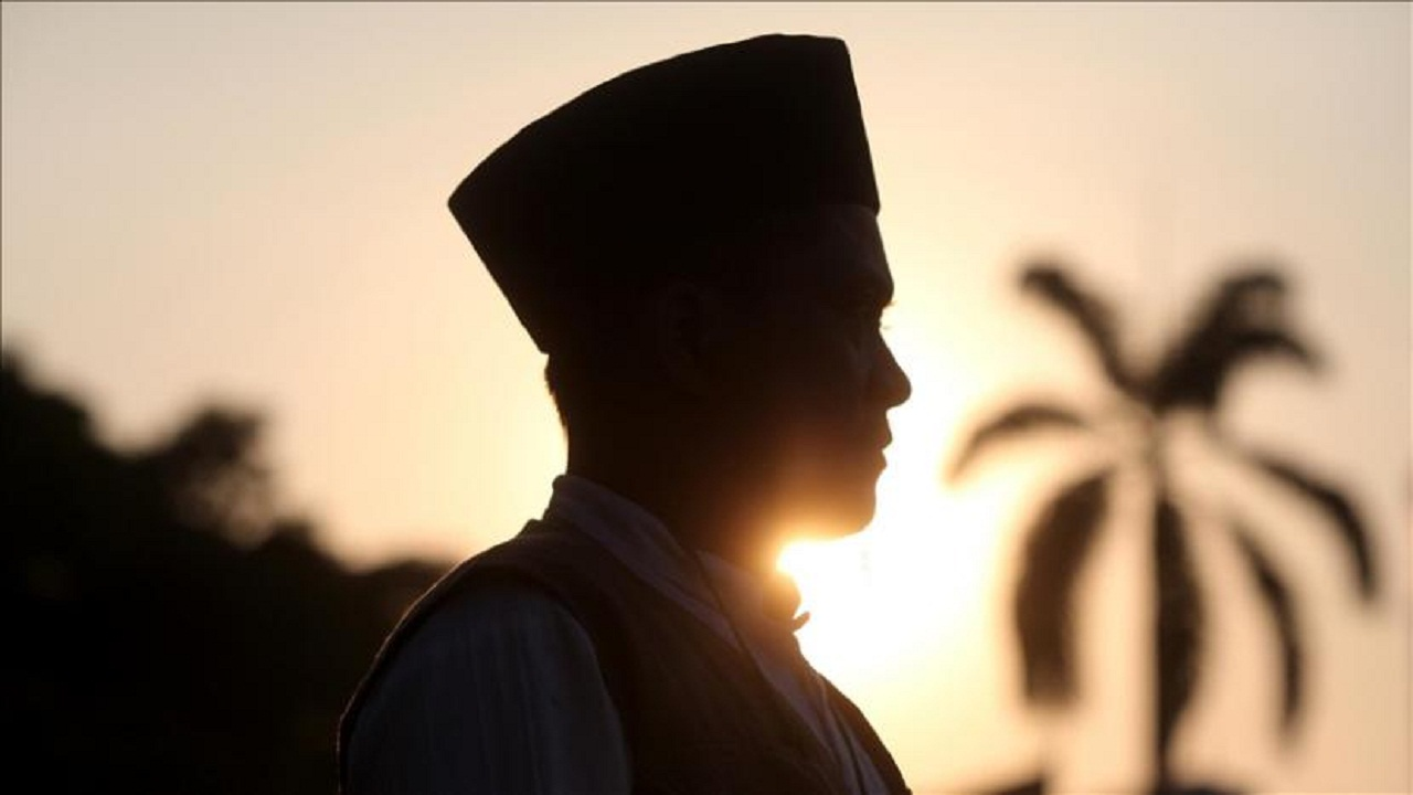 Puisi nasehat Islami untuk laki-laki | Terlambat menjadi imam