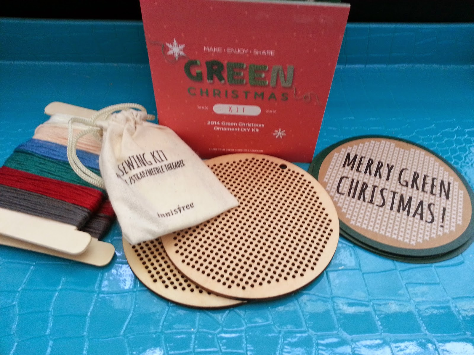 Innisfree Green Christmas DIY Kit