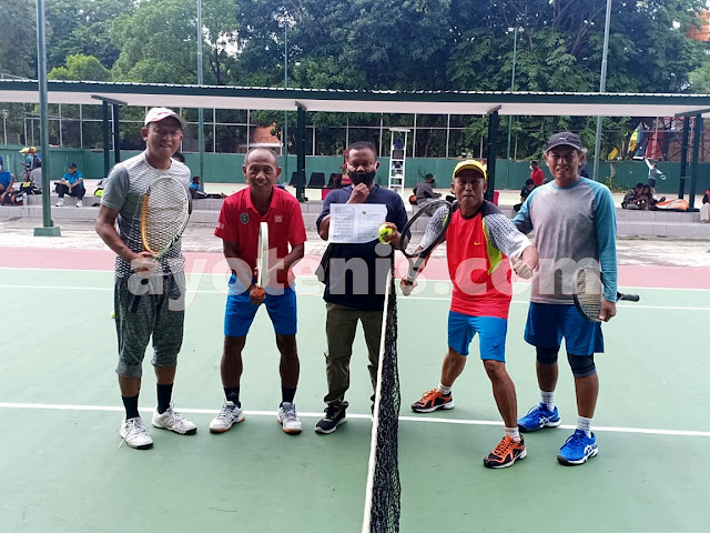 Jurit/Sigit Melenggang ke Putaran 2 PELTI Sidoarjo Tennis Tournament 2020