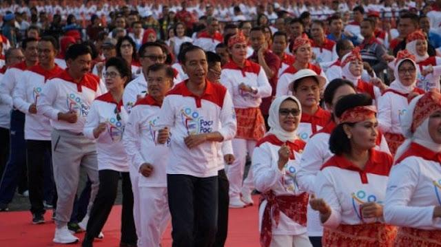 Guntur Romli Sebut Peserta Reuni Akbar 212 Kalah dengan Jumlah Tari Poco-poco Jokowi