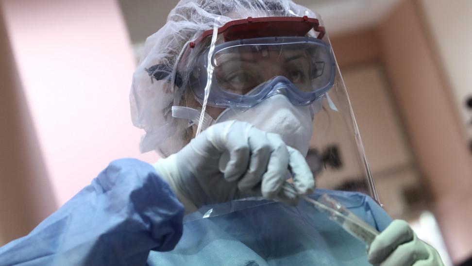 29 νέα κρούσματα στην Ήπειρο ,τα  22 στο νομό Ιωαννίνων.    3228  τα νέα κρούσματα στη χώρα- 776 oι   διασωληνωμένοι στις ΜΕΘ –  73  νέοι θάνατοι