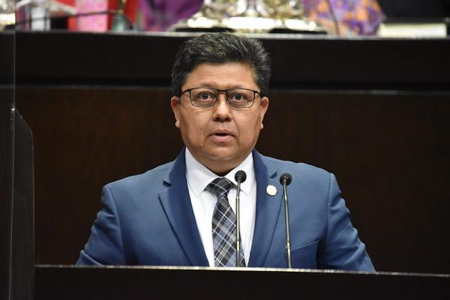 Afirma Rubén Cayetano que no permitirá que se calumnie al Ejecutivo Federal