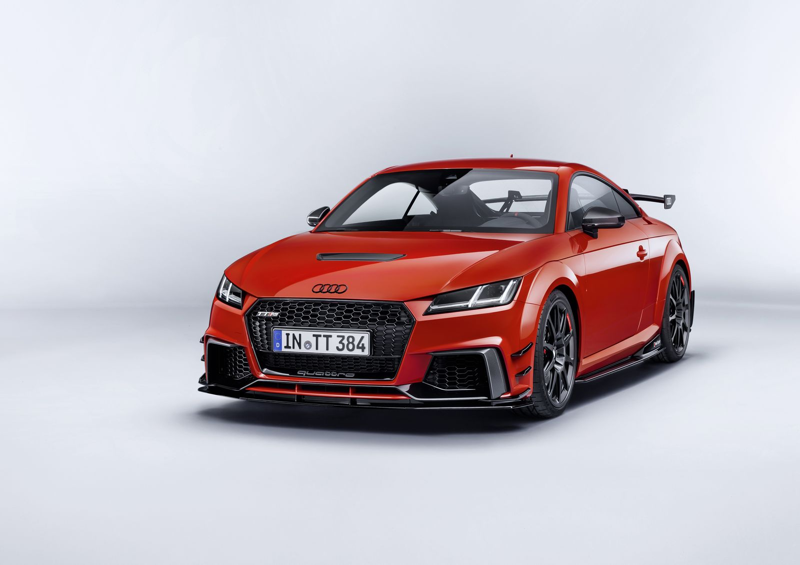 audi performance parts take r8 and tt rs to new heights. Black Bedroom Furniture Sets. Home Design Ideas