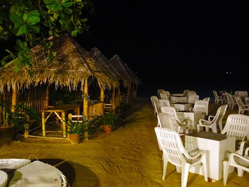 Batu Ferringhi direct at the beach at night