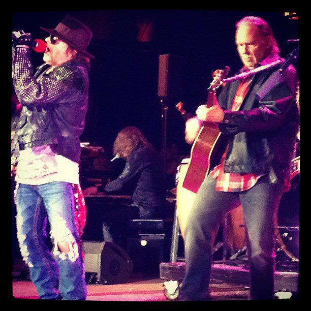Neil Young News: Photo of the Moment: Axl Rose and Neil