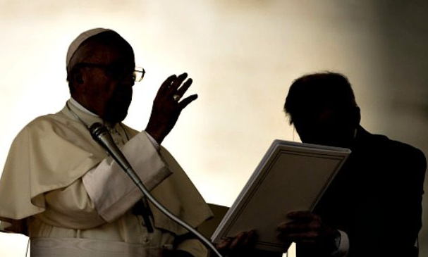 Amidst Scandals, Pope Francis's Popularity Plunges to All-Time Low