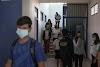 Κατερίνη: Αρνητές γονείς ξεσπούν για τις μάσκες και τα εμβόλια στο σχολείο της κόρης τους (video)