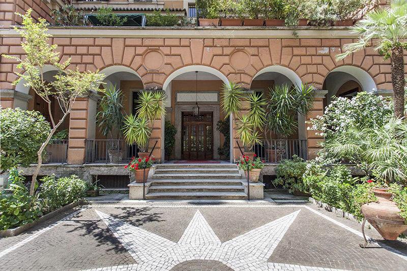 Palazzo 1927 Roma B&B Adele Emme