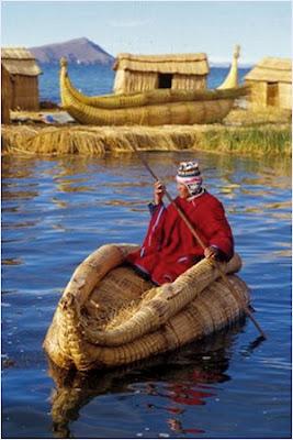 ทะเลสาบติติกากา (Lake Titicaca)