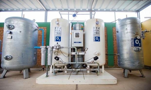 Lanzan campaña para dotar de plantas de oxígeno a hospitales Dos de Mayo y Sisol Salud