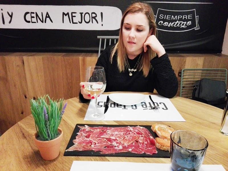 LTC   CAFÉ Y TAPAS