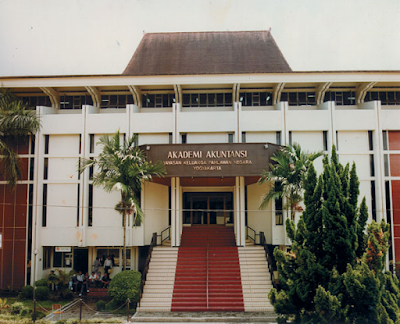 Akademi Akuntansi YKPN – Daftar Fakultas dan Program Studi