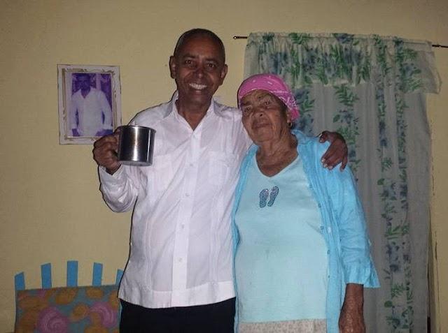 Bohechiodigital de luto por pérdida de una tía de su director