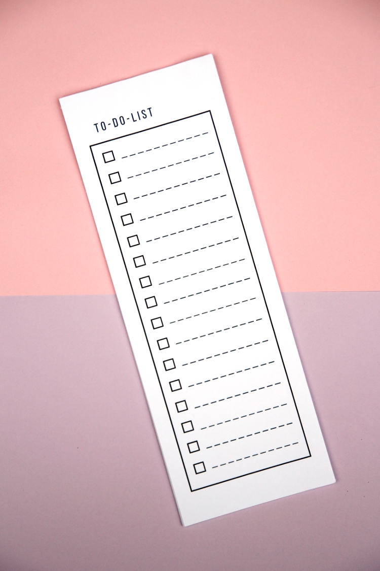 FREE PRINTABLE TO-DO LIST NOTEPAD.