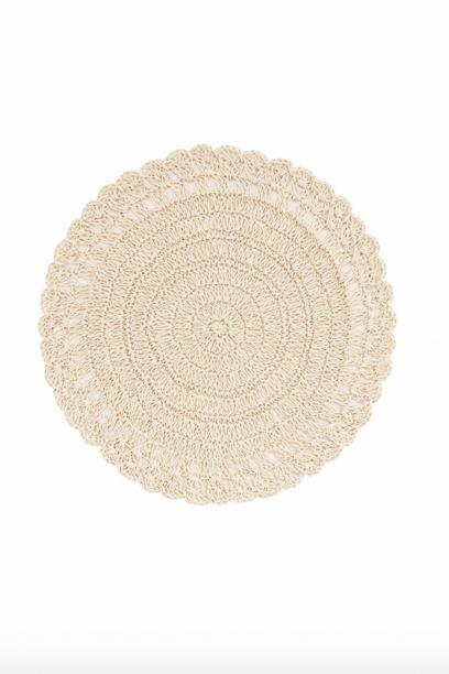 https://prettywire.fr/table-vaisselle-accessoires/2992000-set-de-table-rond-crochet-beige.html