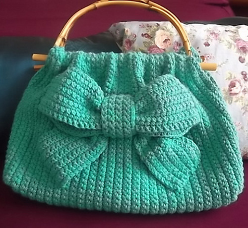 Ribbon Accent Bag - Free Pattern