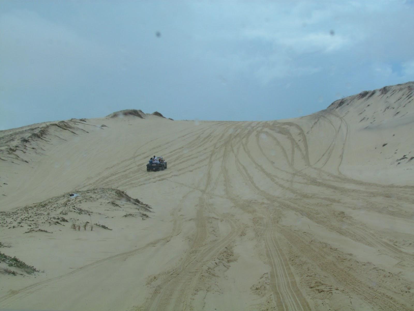 Andando de buggy nas dunas de Genipabú-RN