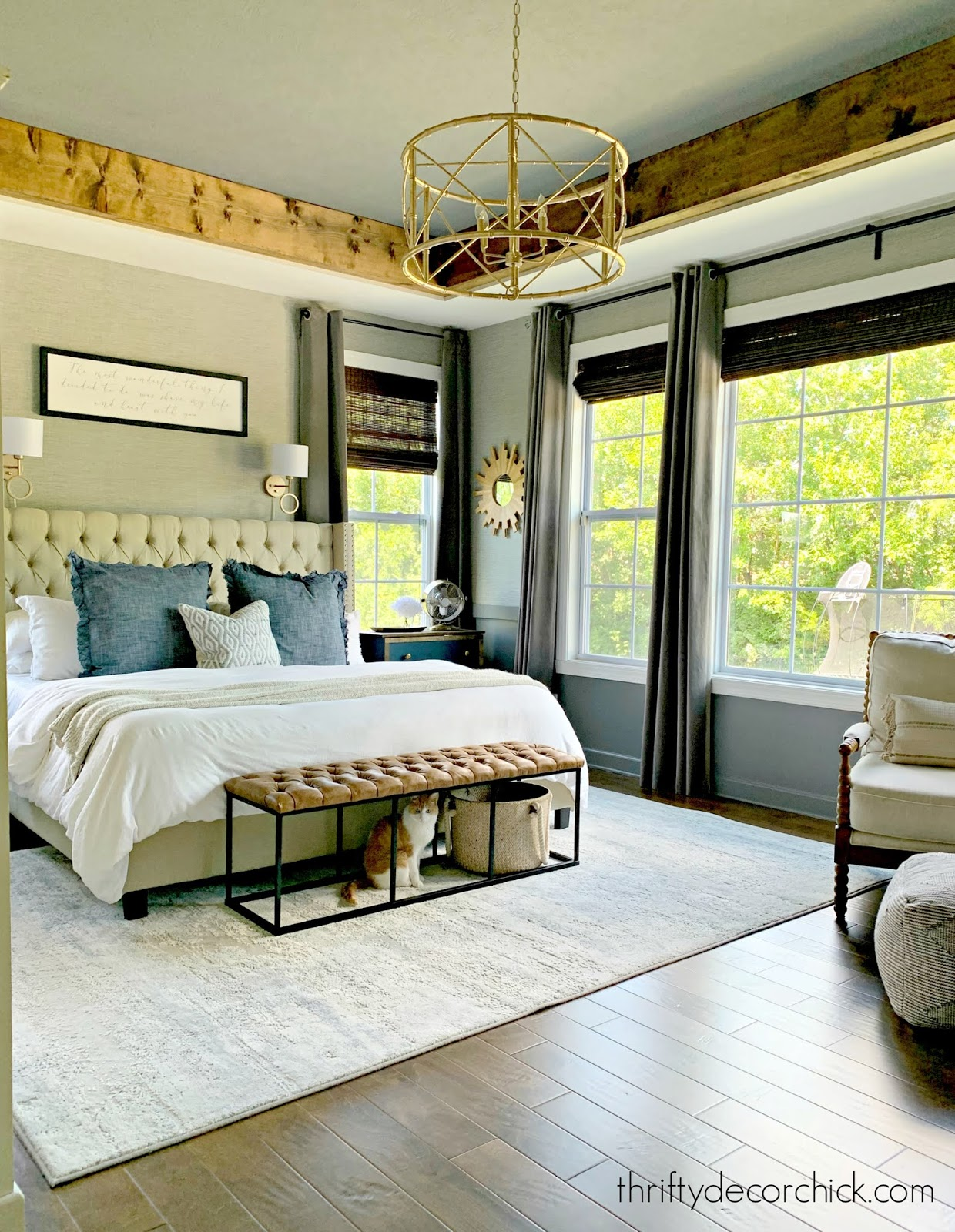cozy bedroom light accents