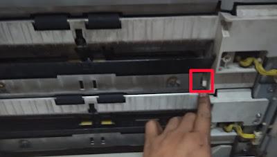 kertas tidak naik dari laci 3 dan 4