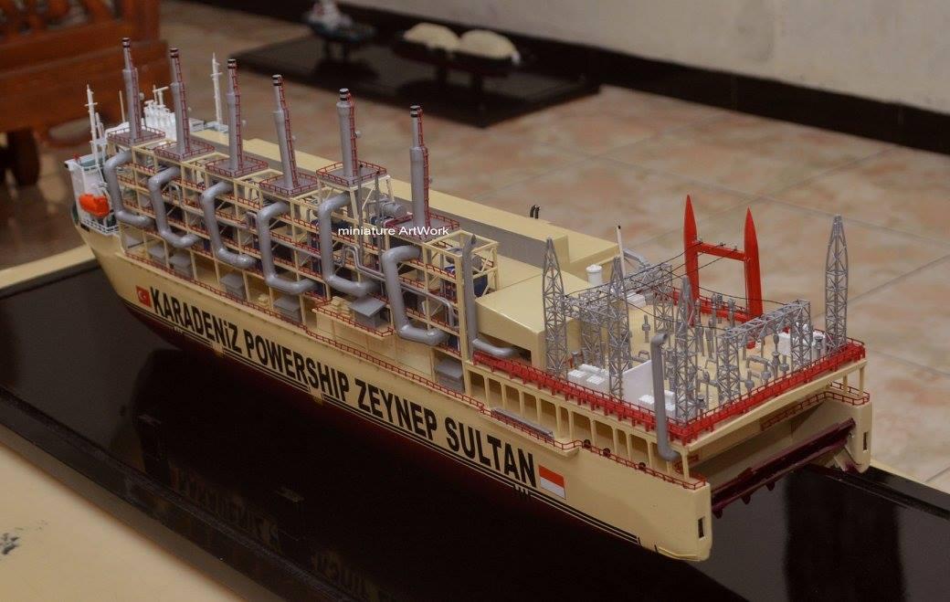 souvenir maket miniatur kapal karadeniz kar powership zeynep sultan power station vessel terbaik