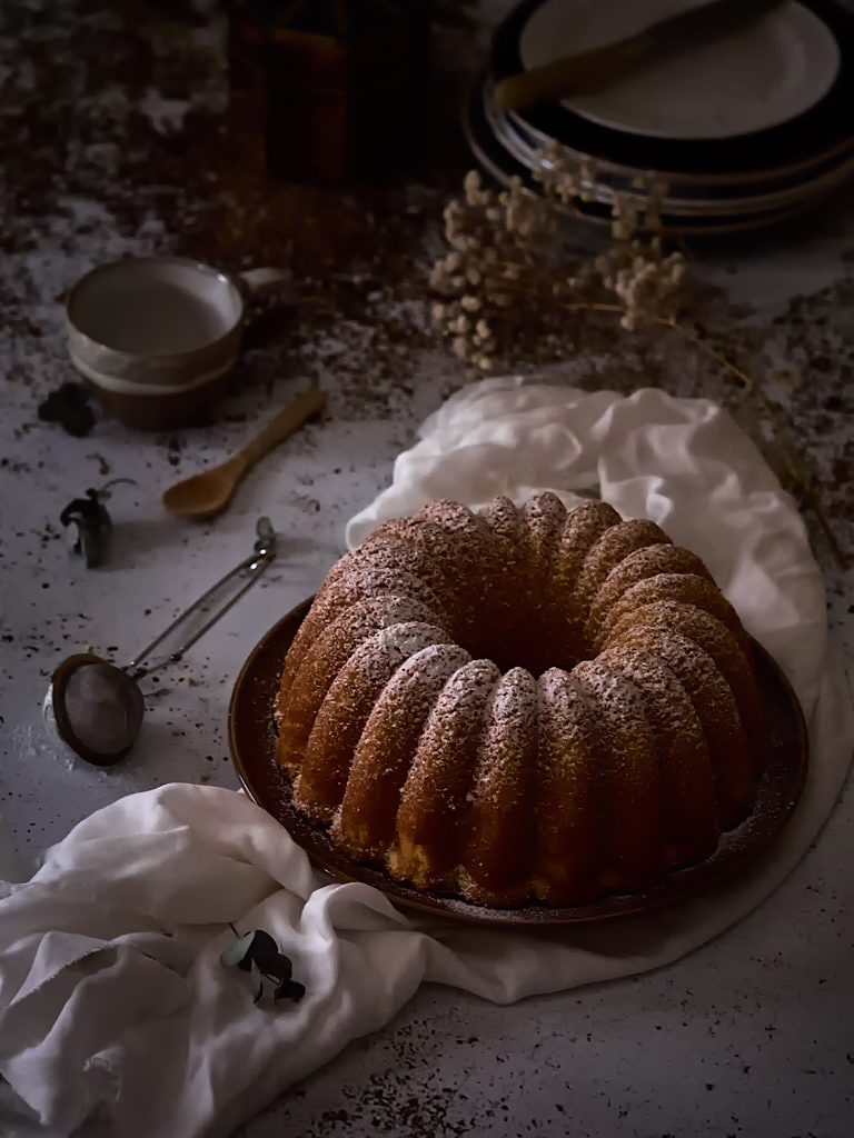 bundt-cake-de-leche-caliente-aromatizada-con-vainilla
