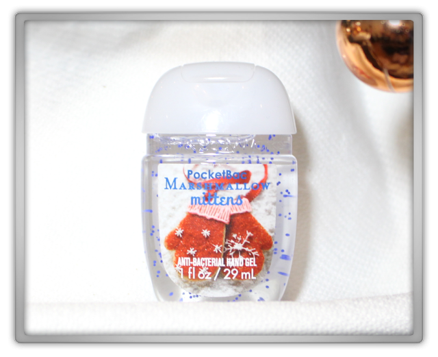 Bath & Body Works Christmas Haul Review PocketBac anti-bacterial Sanitizing Hand Gel Marshmallow Mittens