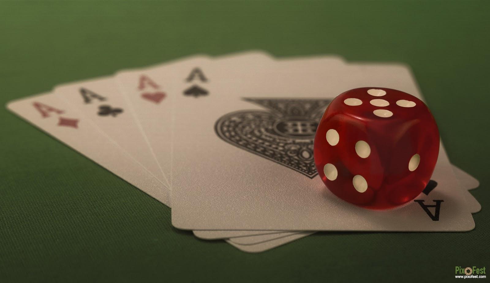 diceimage,dicepicture,dice,cube,cubeimage,cubepicture,cube wallpaper,red dice,dicewithcard,dicewithplayingcard,pixofest