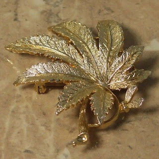Golden sycamore leaf brooch by Exquisite