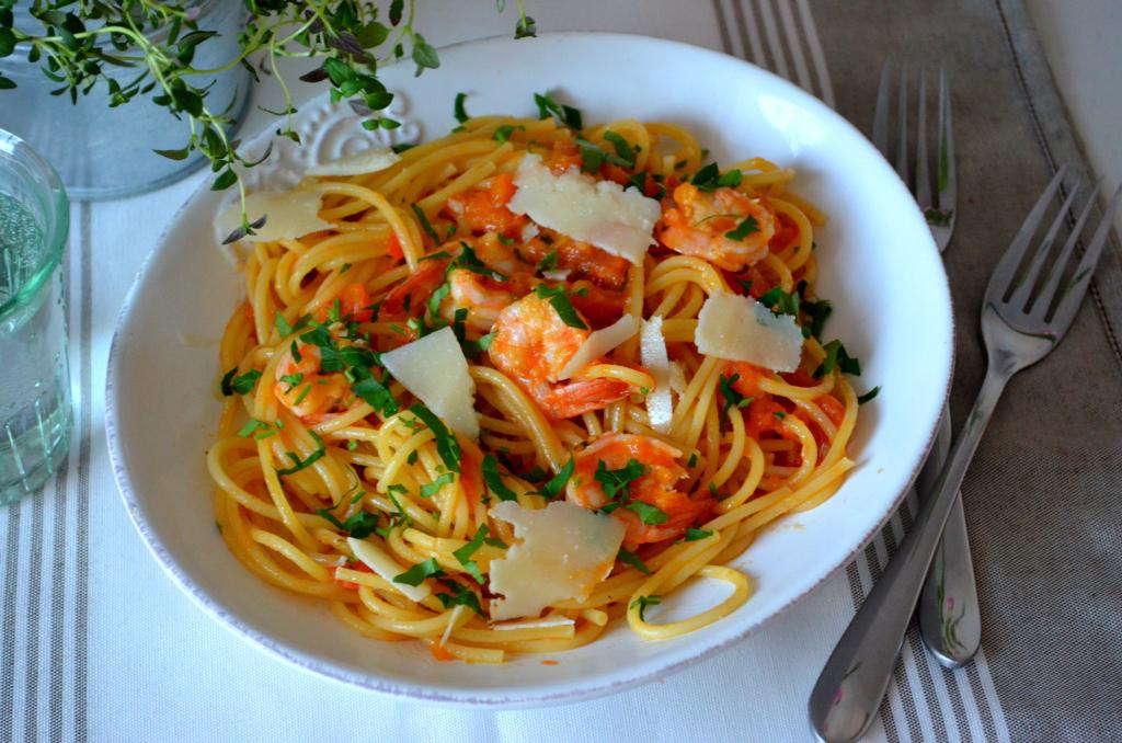 spaghetti-z-krewetkami Spaghetti z krewetkami na winie
