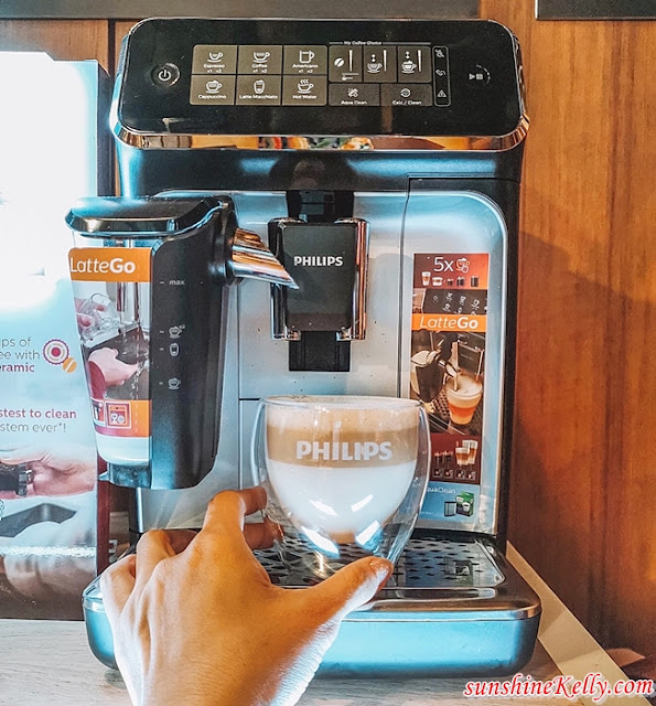 Philips 3200 Series LatteGo, Philips Coffee Machine, Philips Malaysia, Home Coffee Machine, Bean to Cup Coffee Machine, Lifestyle