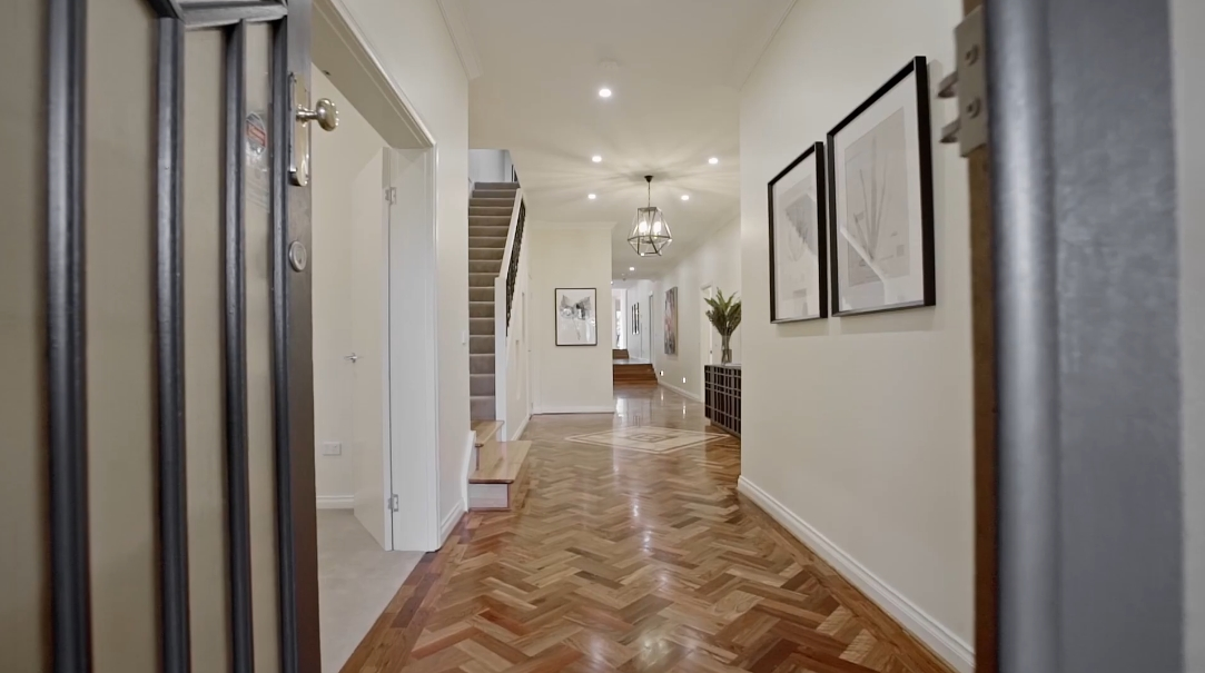28 Interior Design Photos vs. 52 Glyndon Rd, Camberwell, VIC Luxury Home Tour