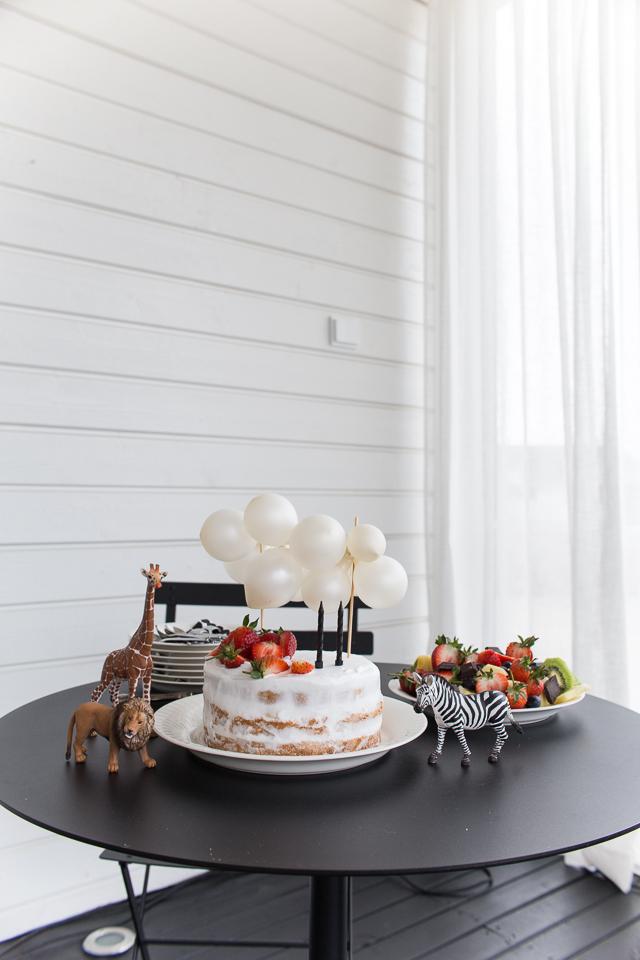Villa H, syntymäpäiväjuhlat, juhlat, synttärit, 2-vuotias, tarjoilu, kakku