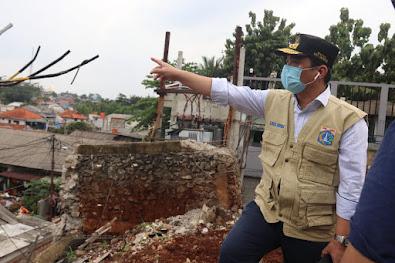 Tinjau Lokasi Longsor di Ciganjur, Wagub DKI Pastikan Penanganan Dampak Banjir Berjalan Lancar