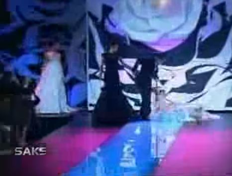 10 Best Stage Falls By Pinoy Celebrities