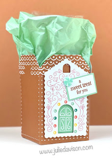 November 2020 Jolly Gingerbread Paper Pumpkin Projects + Video ~ www.juliedavison.com #paperpumpkin #stampinup