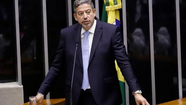 R$300: presidente da Câmara apoia valor sugerido por Bolsonaro para novo auxílio