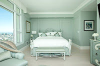 Sage green bedroom color idea