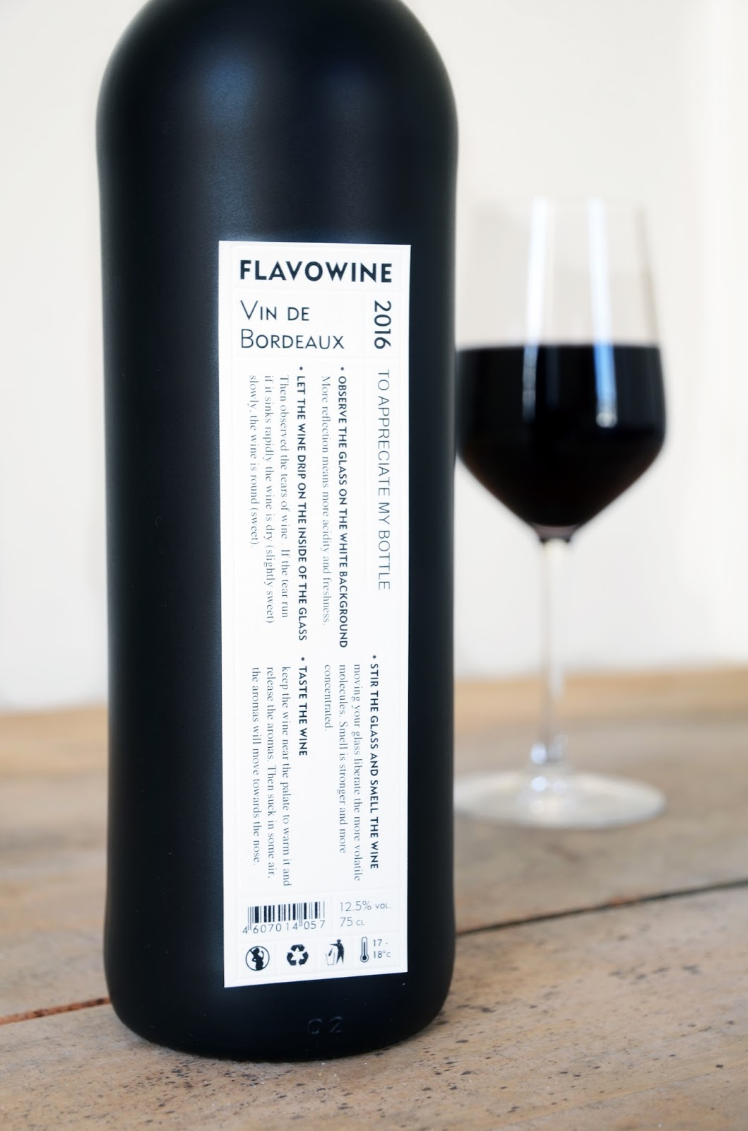 Flavowine packaging design