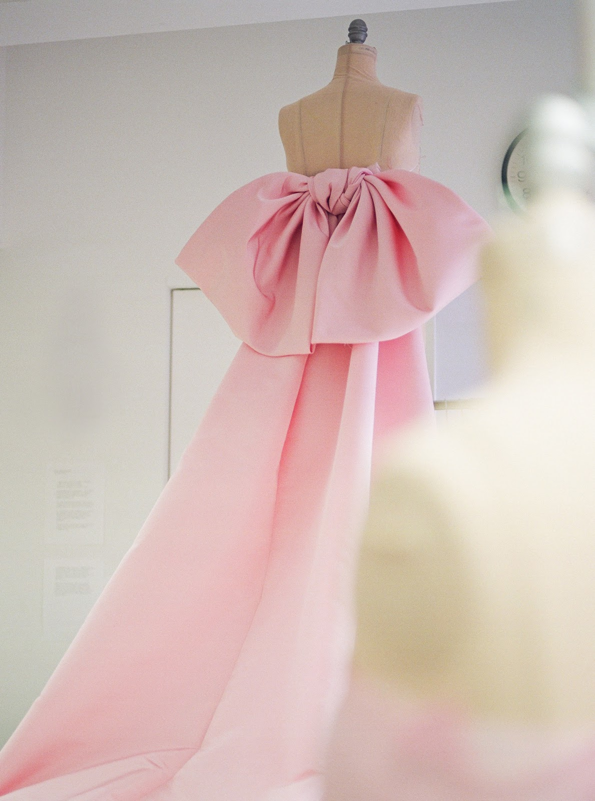 saoirse-ronan-oscars-dress