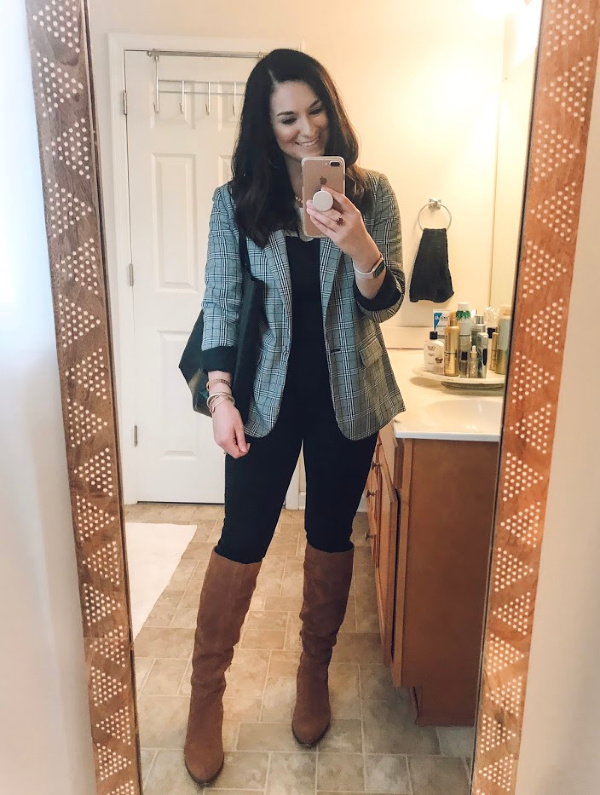 style on a budget, how to wear overalls, how to style overalls, nc blogger, north carolina blogger, mom style