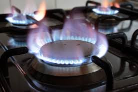 10 Steps On How To Clean Your Gas Cooker Without Using Harsh Chemicals