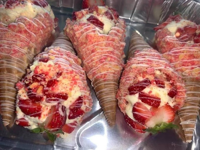 Strawberry Crunch Cheesecake Cones